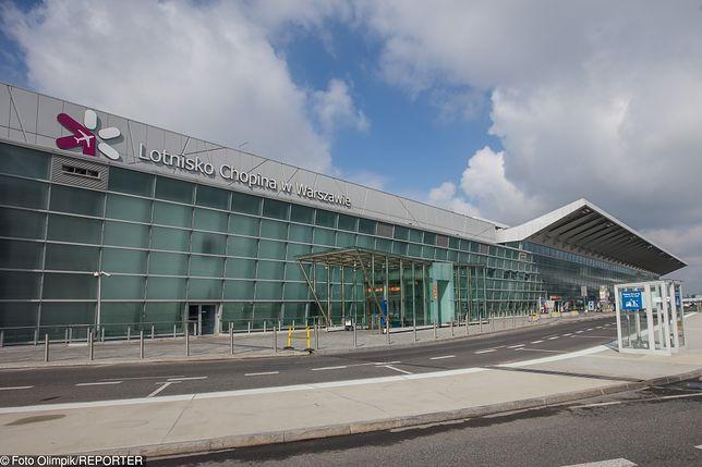 Na Lotnisku Chopina obowiązuje limit pięciu bezpłatnych wjazdów w ciągu doby. Za każdy kolejny zapłacimy 5 zł