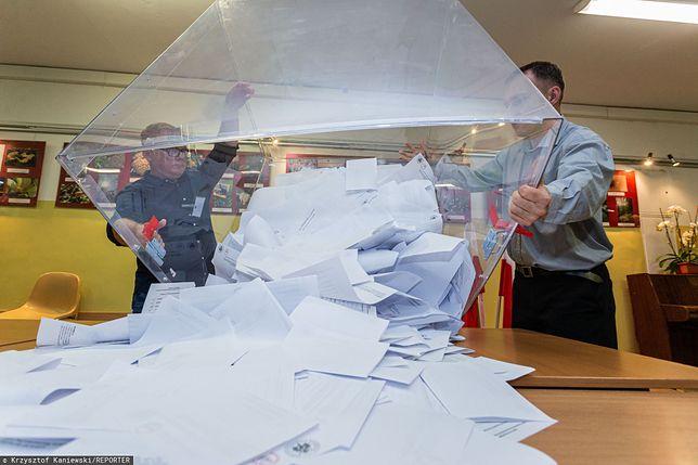 """Wybory 2020 i problemy Polonii. Nie każdy mógł oddać głos. """"To przykre"""""""