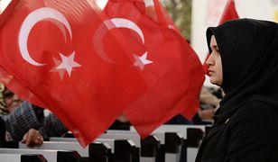 W Turcji nie umówisz się już na randkę przez media. Prezydent Erdogan zabronił