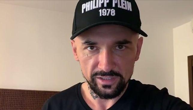 """""""Jestem niezależny i robię swoje"""" - mówi Vega i pokazuje filmowego Mateusza Morawieckiego"""