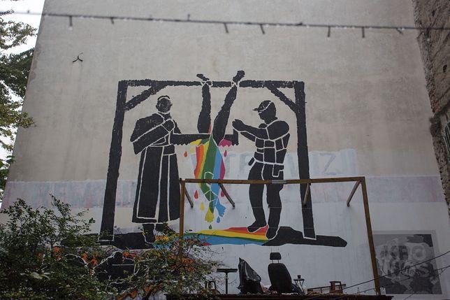 Warszawski mural ma symbolizować trudną sytuację osób LGBT w Polsce