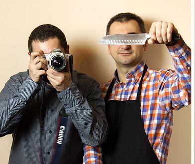 """Grzegorz Targosz i Paweł Łukasik, autorzy bloga """"Gotowanie z pasją"""" i książek kulinarnych"""