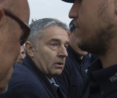 Władysław Frasyniuk winny naruszenia nietykalności policjantów. Ale kary nie będzie