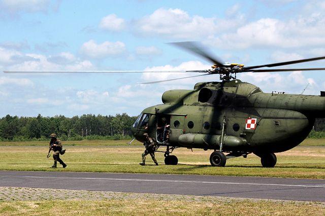"""Polscy żołnierze """"zajęli lotnisko przeciwnika"""" - zdjęcia"""