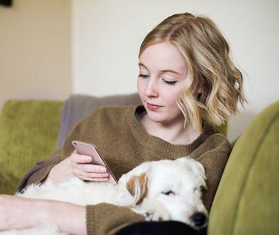 Wavy blond bob szturmem podbiła serca kobietom na całym świecie.
