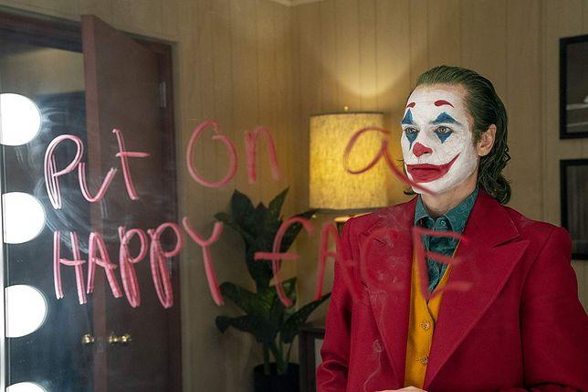 """""""Joker"""": sieć kin nie wpuści przebierańców. Boi się kolejnej masakry"""