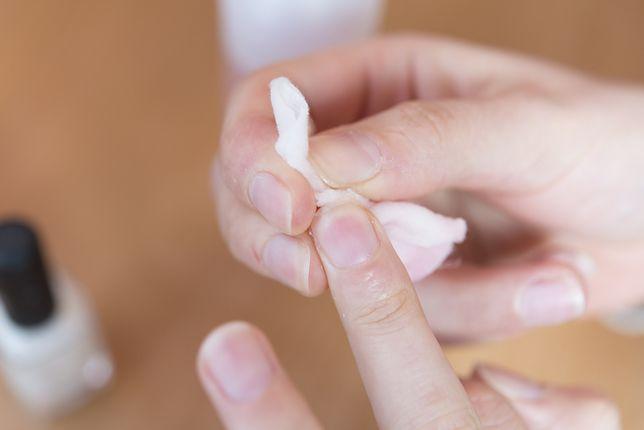 Aceton nie jest substancją toksyczną, ale może mieć na organizm szkodliwy wpływ