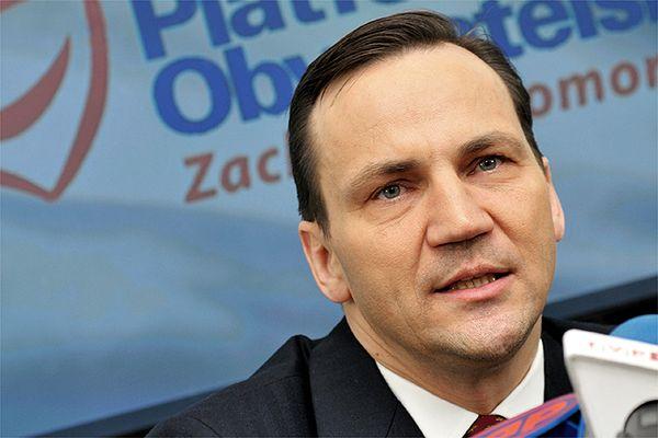 Radosław Sikorski dla FAZ: Ukraina stawia czoła agresji