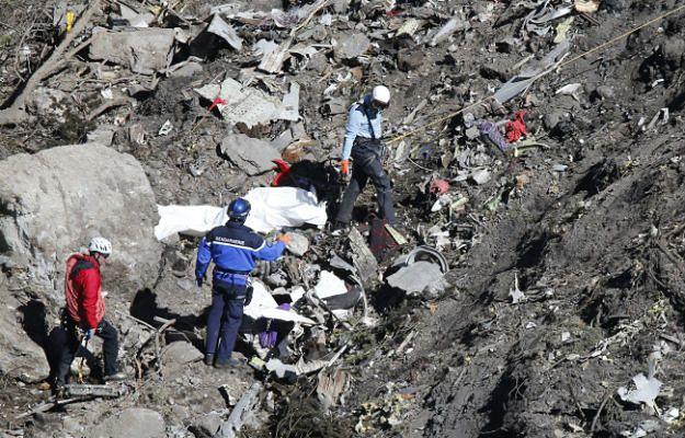Pobrano DNA z ciał 78 ofiar katastrofy Airbusa A320