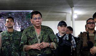 """Filipiny: Prezydent Rodrigo Duterte oferuje nagrody za zabicie komunistów. """"Do nich łatwiej strzelać niż do ptaków"""""""