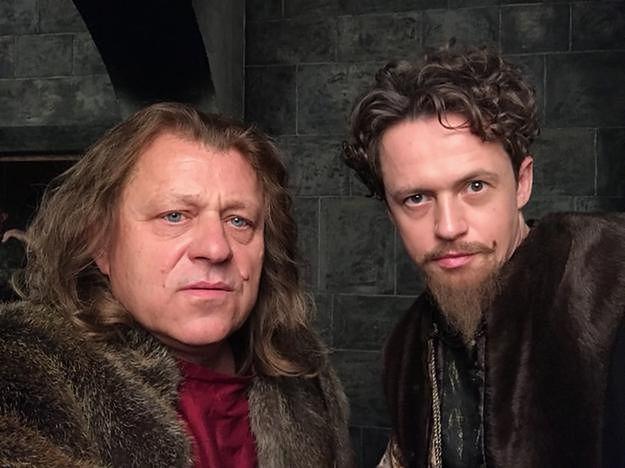 """Aktor """"Korony królów"""" odgryza się krytykom serialu: """"Nagle wszyscy Polacy zrobili się historykami"""""""