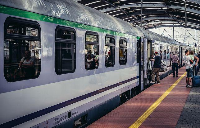 PKP uczy pasażerów, jak należy zachowywać się w pociągu