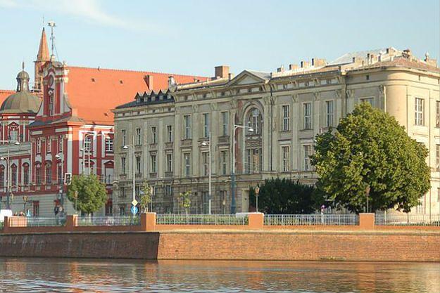 Wrocław: kontrowersje wokół dawnej siedziby Wydziału Farmacji