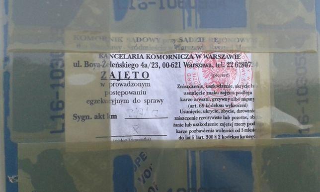 """""""Towar dowożą z zamykanych sklepów"""". Upadek znanej sieci marketów"""