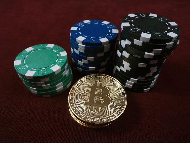 Bitcoin tańszy już prawie o połowę! Co się dzieje?