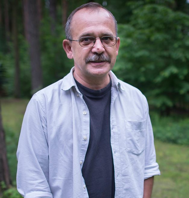"""""""Ci którzy przepływają Morze Śródziemne nie pytają nikogo o zgodę"""" – wywiad z Wojciechem Jagielskim"""