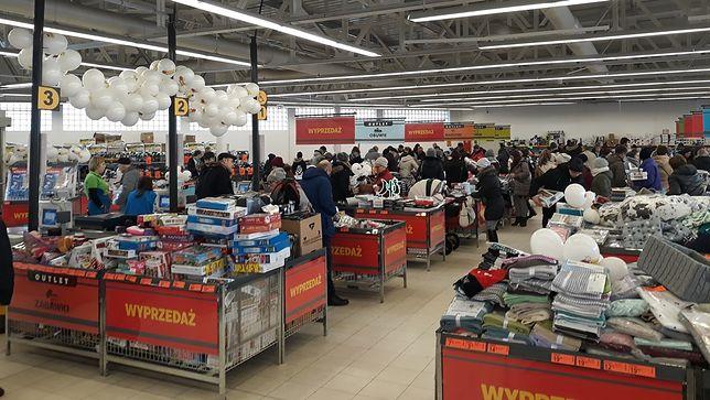 To już drugi outlet Biedronki w Polsce