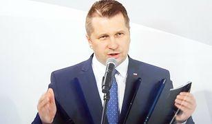 Przemysław Czarnek przekazał informacje dotyczące frekwencji w szkołach