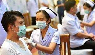 Tajlandia. AstraZeneca vs. chińska szczepionka. Ruszyły szczepienia