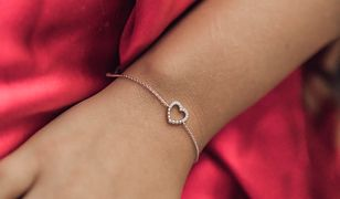 Drobiazg od serca. Subtelna i elegancka biżuteria dla dojrzałej kobiety