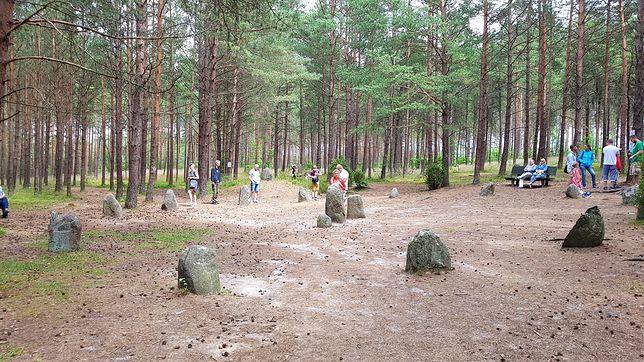 """""""Polskie Stonehenge"""". Są tacy, którzy widzieli zjawiska paranormalne"""