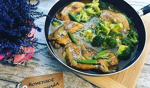 Kurczak z warzywami w sosie własnym