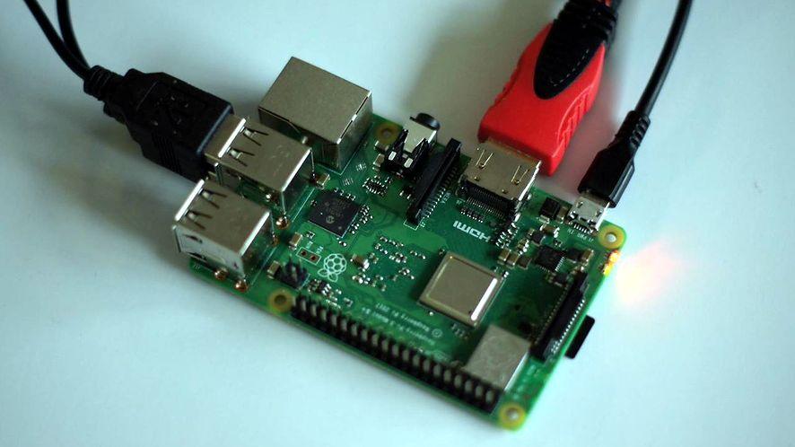 To jedna sztuka Raspberry Pi 3B+. A co by potrafiło ponad tysiąc?