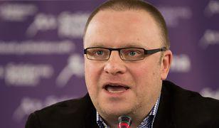 Pan Łukasz Warzecha poskarżył się na ofertę T-Mobile. Internet ruszył na pomoc panu dziennikarzowi
