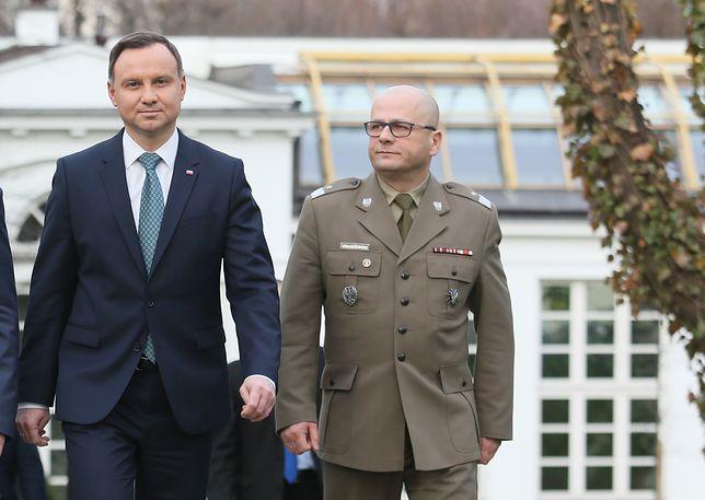 Generał Jarosław Kraszewski - to o niego toczy się wojna pomiędzy prezydentem Dudą a ministrem Antonim Macierewiczem
