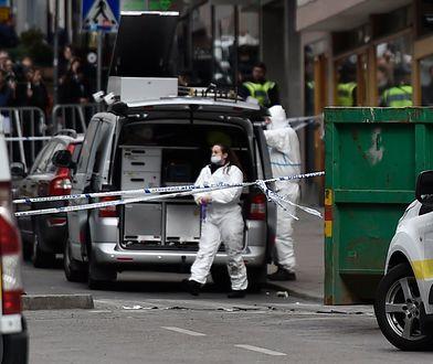 Terrorysta zabił cztery osoby i ranił 14