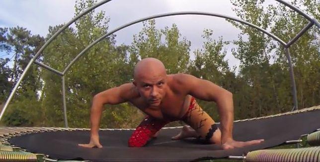 Niesamowite akrobacje na trampolinie
