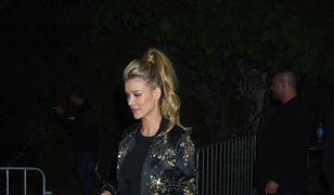 Joanna Krupa odsłania brzuch. Skromna stylizacja, a wywołuje piorunujący efekt