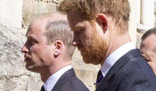 """Wiadomo, o czym rozmawiali Harry i William. """"Było tak, jak chciał"""""""
