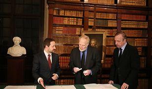 Duży zbiór dokumentów Czesława Miłosza trafił do Biblioteki Narodowej