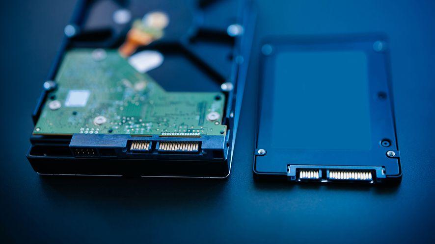 HDD i SDD z depositphotos