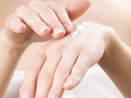 Parabeny wchodzą w skład 85 procent kosmetyków. Czy są groźne?