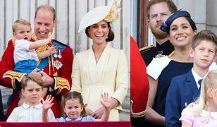 William i Kate oraz Harry i Meghan stali na tym samym balkonie. Ich gesty wiele zdradzają