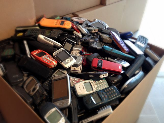 Najdziwniejsze nazwy telefonów komórkowych. Kto to wymyślał?