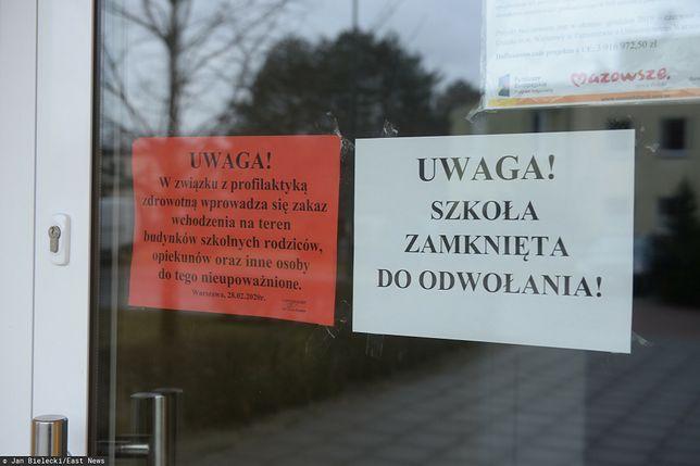 Nowe obostrzenia w Polsce. Kiedy powrót do szkół? Niedzielski odpowiada