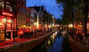 """Amsterdam: """"Dzielnica czerwonych latarni"""" może zostać zlikwidowana"""