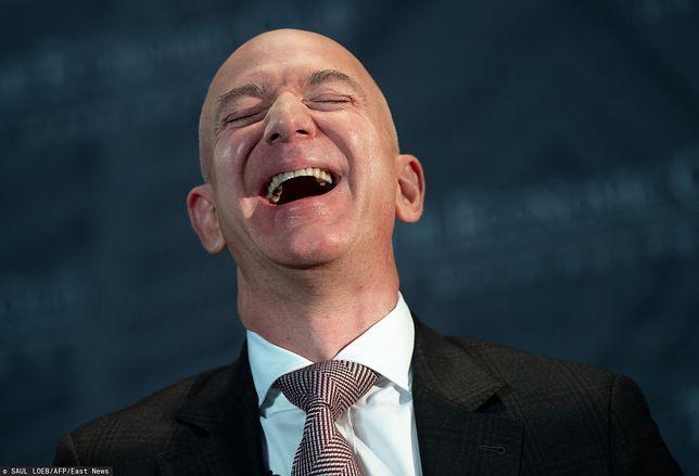 Czy Bezos posłucha protestujących?