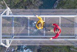 Portugalia. Najdłuższy wiszący most dla pieszych na świecie. Pół kilometra spaceru nad przepaścią