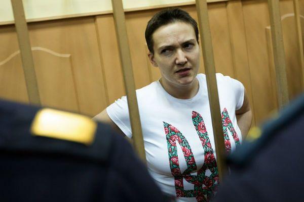 Nadia Sawczenko jest przetrzymywana w rosyjskim areszcie od lipca ub.r. Od 13 grudnia prowadzi strajk głodowy - zdjęcie z lipca 2014 r.