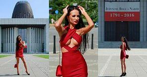 Uduchowiona Małgorzata Godlewska maszeruje do Świątyni Opatrzności Bożej w kusej sukience (ZDJĘCIA)