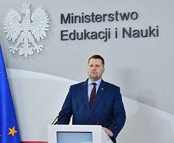 Powrót do szkół. Minister Przemysław Czarnek nie ma dobrych wieści