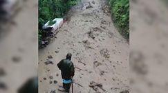 Powódź w Turcji. Nagrała ucieczkę męża przed falą powodziową
