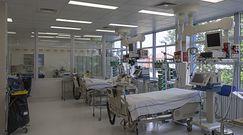 """5 kg odpadów na 1 pacjenta, szpitale mają problem. """"5 razy więcej niż przed pandemią"""""""