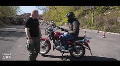 Pełne szkolenie na motocykl - zmiana z 4 kółek na 2 może boleć!