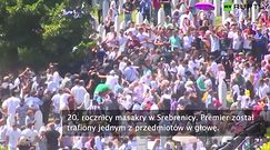 Serbski premier Aleksander Vucić obrzucony kamieniami