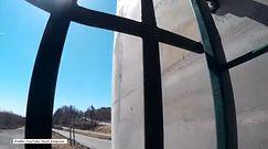 Nastolatek z kamerą wspiął się bez zabezpieczenia na most w Kanadzie